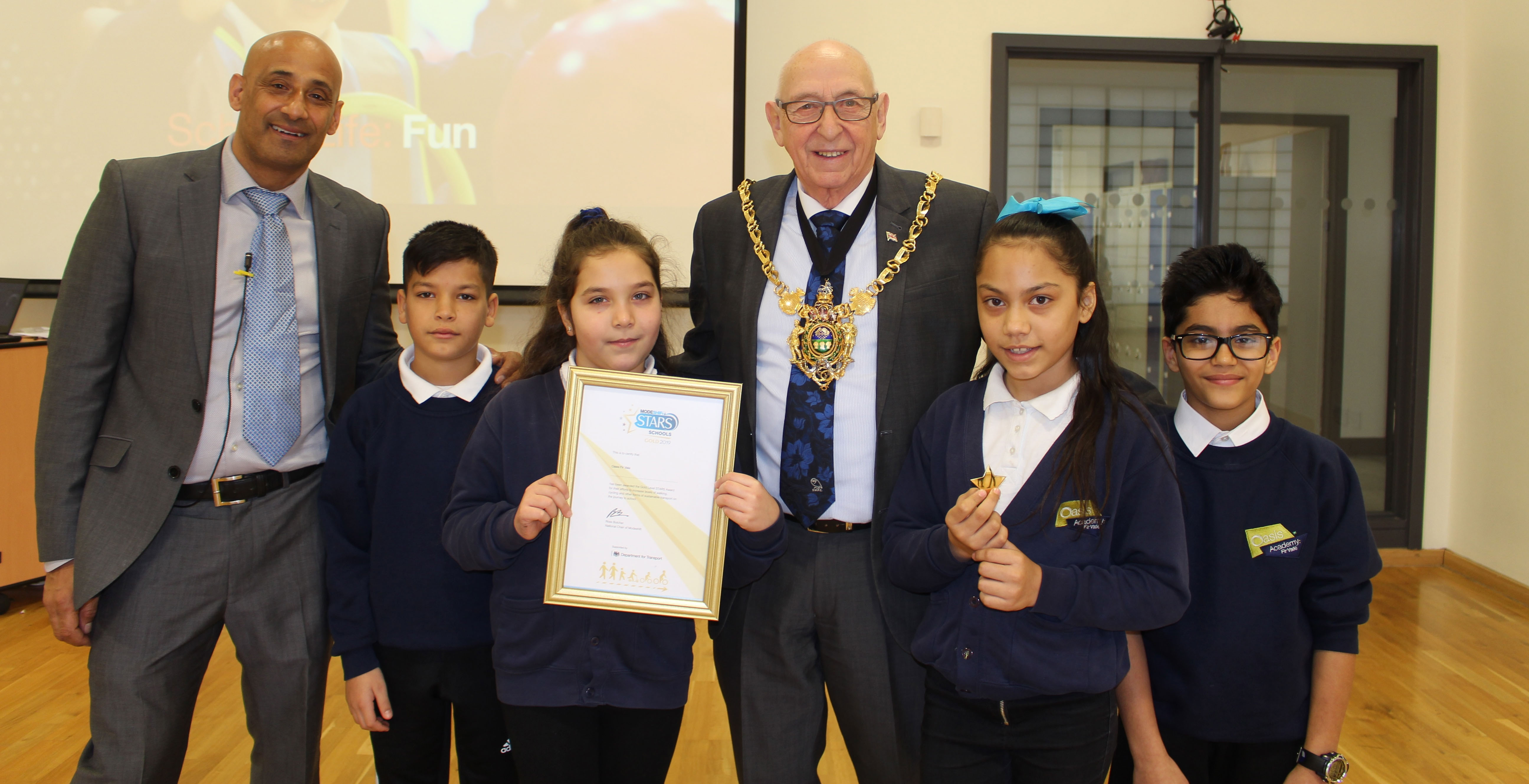 Oasis Academy Fir Vale's dedication to sustainable travel wins gold!